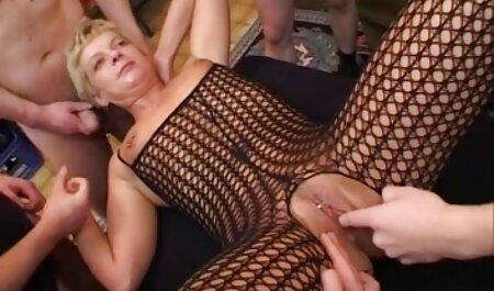 دست داستان های سکسی مصور ترجمه شده بدون دیپلم فیلم برداری با مو بور در معده